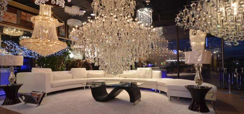 crystal-chandeliers-lbx-store-houston-3